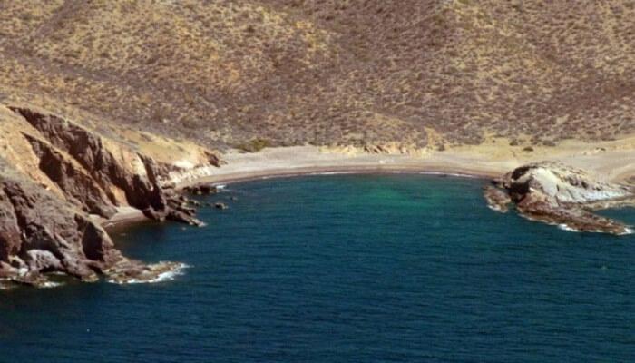 isla tiburón en el pacifico del sur